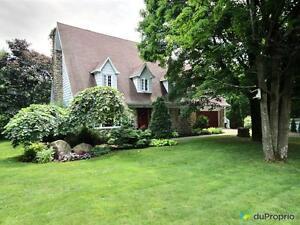 260 000$ - Maison 2 étages à vendre à ND-Du-Mont-Carmel