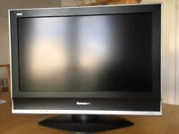 "Pansonic 26"" LCD Freeview TV in excellent condition incl. Remote and Instruction manual"
