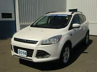 2014 Ford Escape SE--LADY DRIVEN--BEST PRICE-CERTIFIED