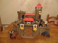 Play Mobil Lion Knights Empire Castle