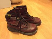 Dr martens size 6 Red Square toe