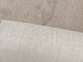 New light brown carpet 2.9meters x 4 meters hessian backed