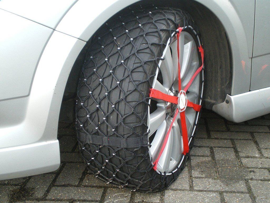 michelin easy grip composite snow chains for tyre wheel. Black Bedroom Furniture Sets. Home Design Ideas