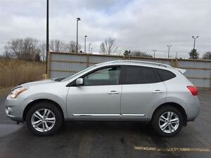 2013 Nissan Rogue SV AWD/BACKUP CAM/POWER SEAT