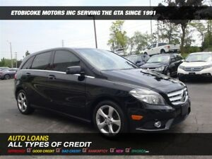 2014 Mercedes-Benz B-Class B-250 / PANORAMIC ROOF / BACK-UP CAM