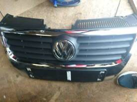Genuine Vw passat front grille with badge