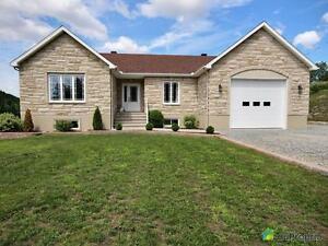 495 000$ - Bungalow à vendre à Wakefield Gatineau Ottawa / Gatineau Area image 1