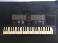 YAMAHA PSS-390 Keyboard/ Synthesizer in GREAT Condition - BARGAIN!