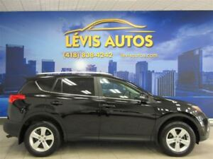 2013 Toyota RAV4 XLE AWD MAGS TOIT OUVRANT SEULEMENT 42900 KM !