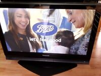 """Plasma flat screen TV telly 37"""", Panasonic TH-37PX70B, HDMI, Freeview, stand and remote control"""