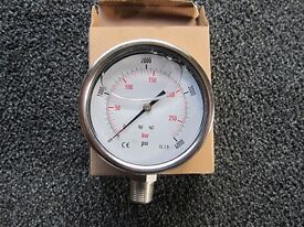 "100mm Pressure gauge, 0 - 4000psi range, 1/2"" NPT thread"