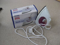 Tesco small steam iron - full working order