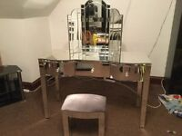 Mirrored dressings table and top mirror and stool