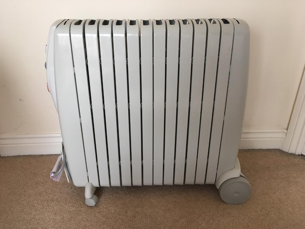 delonghi rapido 3kw oil filled electric radiator 24 hr. Black Bedroom Furniture Sets. Home Design Ideas