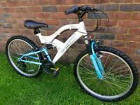 Girls silverfox mountain bike 24inch wheels
