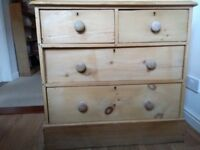 Late 1800's/Early 1900's pine chest of drawers.