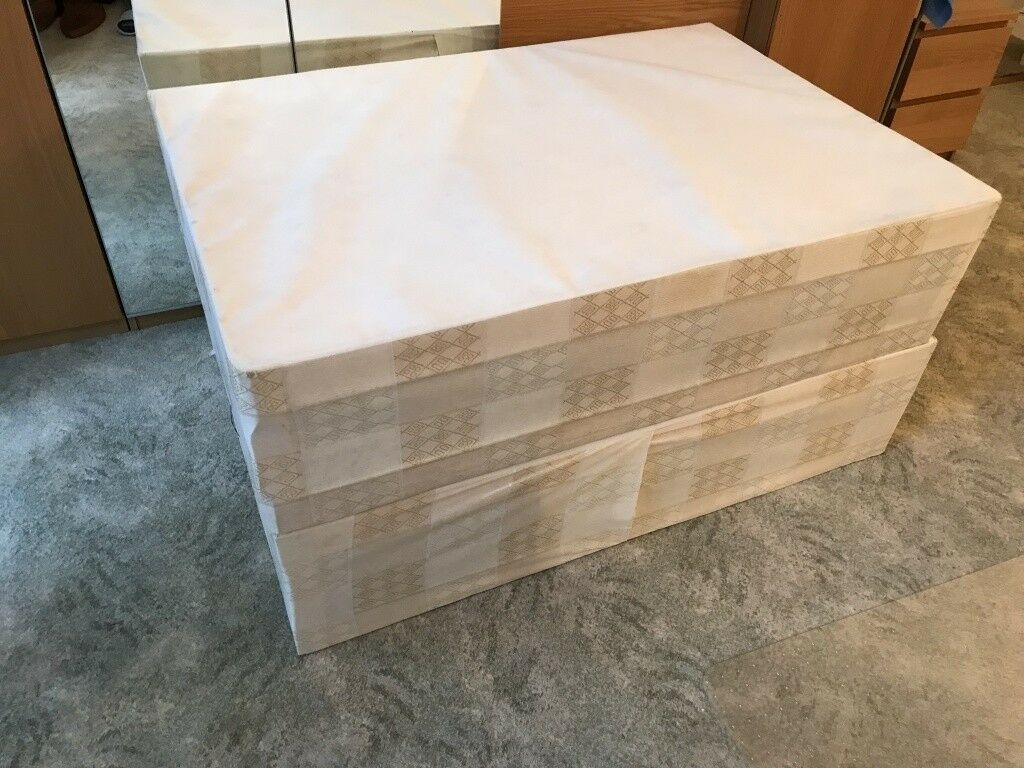Double divan bed base good condition