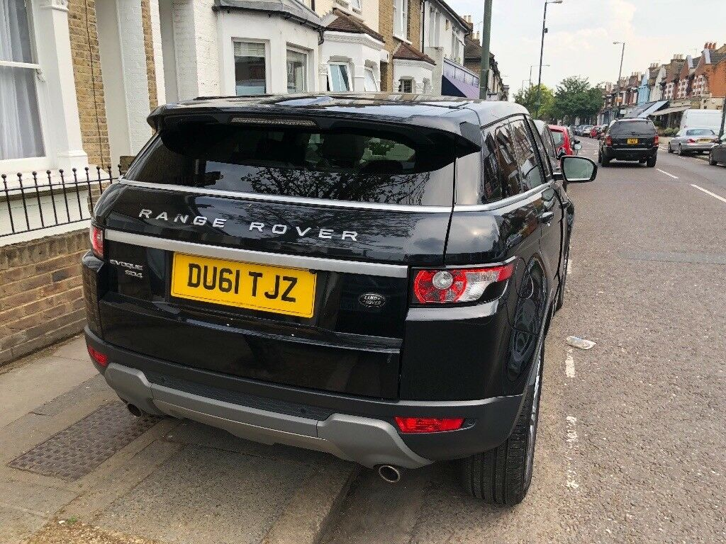 Range Rover Evoque 34,000 miles - 2 female owners - every extra