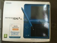 NINTENDO DS XL LIKE NEW, BOXED, PLUS 10 GAMES , PLUS TRAVEL CASE AND BAG