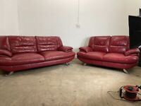 Red Harvey's 3&2 seater sofas, couches, furniture 🚛🚛🚛🚚