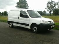 08 Citroen Berlingo 600 1.6 Hdi LX 75 in white