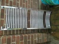 Curved chrome towel radiator