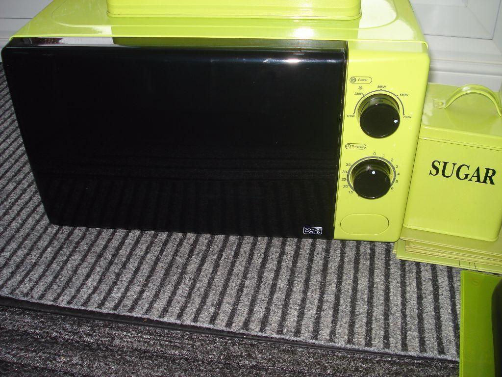 Lime Green Kitchen Bundle Set Kettle Toaster Microwave Bread Bin