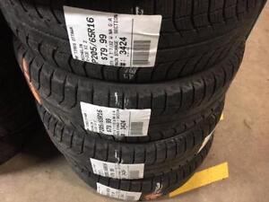 205/65/16 Michelin X-Ice Xi2 (Winter Tires)