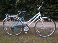 LADIES CLAUD BUTLER CLASSIC HYBRID/TOWN BIKE IN SUPERB CONDITION