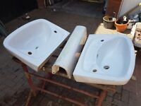 Sink with pedestal - 2 sinks - NEVER USED (Shires brand)