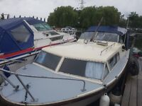 Seamaster wide beam cruiser 25ft