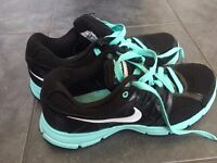 Nike trainer size 8,5