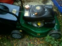 PETROL LAWN MOWER WITH GRASS BOX