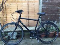 Raleigh Pioneer 2 Hybrid Bike - STUNNING CONDITION LIKE BRAND NEW