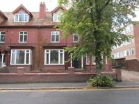 2 bedroom flat to let in Dudley