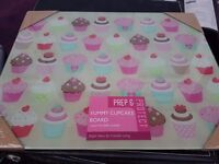 Large glass chopping cutting food preparation board - Yummy Cupcakes design