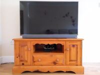Large wooden TV Cabinet Stand for SALE - Suits large LED TVs at BARGAIN PRICE