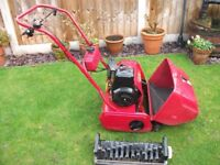 """Qualcast Suffolk 17"""" cylinder lawn mower and scarifying cassette"""