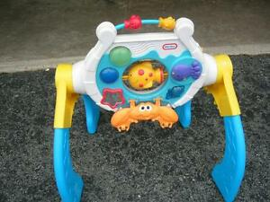 LITTLE TIKES MUSICAL MOTION OCEAN GYM
