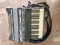Hohner Tango II Piano Accordion