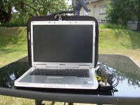 DELL INSPIRON LAPTOP 6000 & CARRYING CASE.