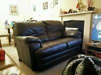 Black leather sofa - Used for 2 weeks - Unwanted wedding gift
