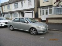 Toyota Avensis 2.0l 2006 low milage; leather