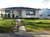 MUST SEE AMAZING BRIGHT FURNISHED HOME !!!!