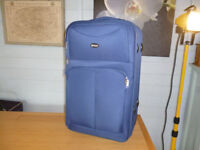 SUITCASE - BLUE - PULL ALONG - WITH FRONT ZIP POCKET £8