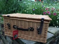 Large Natural Wicker Gift Hamper idea for picnics or Wedding, & Anniversery Gifts etc