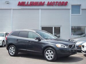 2011 Volvo XC60 T6 Level 3 AWD / LEATHER / SUNROOF / MUST SEE