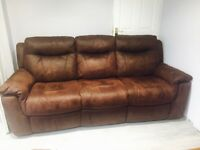 2 seater electric recliner & 3 seater manual recliner in excellent condition £450