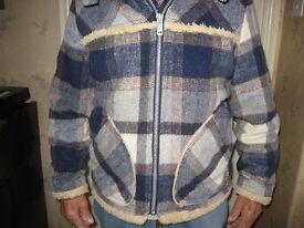 Warm woollen jacket - men's
