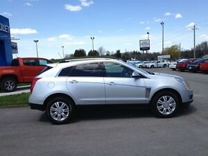 2015 Cadillac SRX Luxury AWD & Sunroof London Ontario image 2